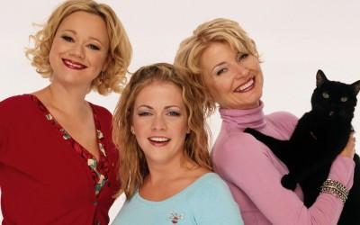 Od lewej: Hilda, Sabrina, Zelda Spellman oraz Salem Saberhagen (kot)
