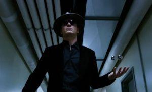 Młody Magneto. Fassbender w kapeluszu. Bez tego pana wpis nie miałby sensu.