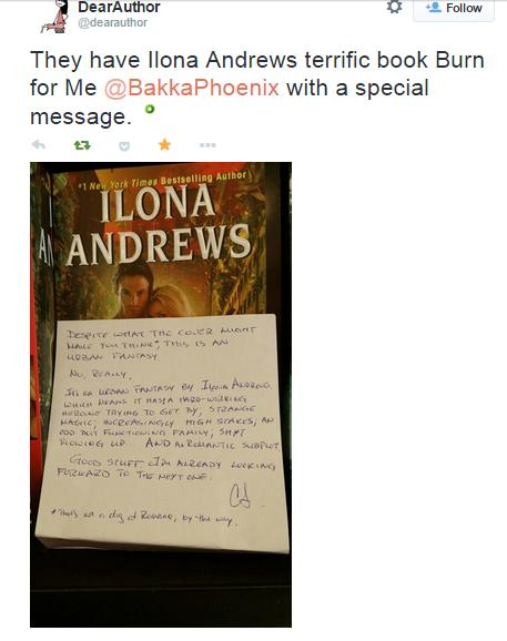 Notatka dołączona do książki przez księgarzy z Bakka Phoenix z Toronto. Generalnie tłumaczą, że książka nie jest romansidłem, a urban fantasy z ciężko pracującą heroiną, świetną akcją i doskonałym humorem.