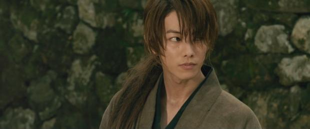 Himura Kenshin, ronin wędrujący po nowej Japonii czasu restauracji Meiji.